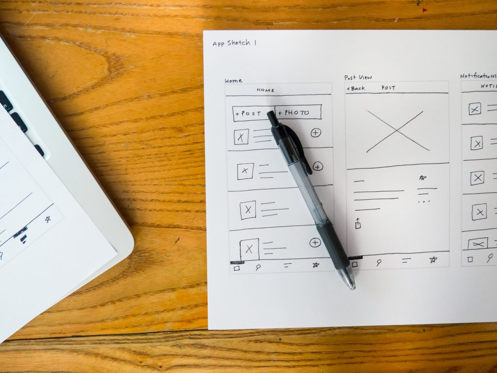 What's the difference between a UX and UI designer?